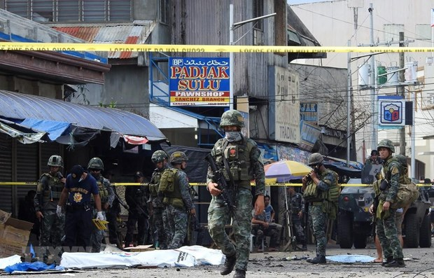 Philippines: Suicide bomber killed outside army base hinh anh 1