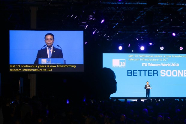 Vietnam attends ITU Telecom World 2019 in Hungary hinh anh 1