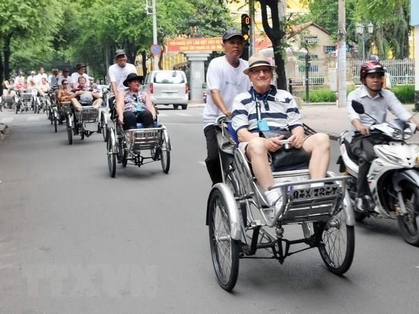 Travel programme promotes Vietnam's image to the globe hinh anh 1