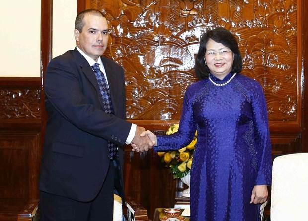 Vice President welcomes Prensa Latina news agency delegation hinh anh 1