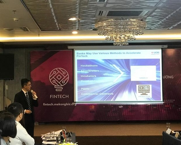 Fintech needs improved legal framework: experts hinh anh 1