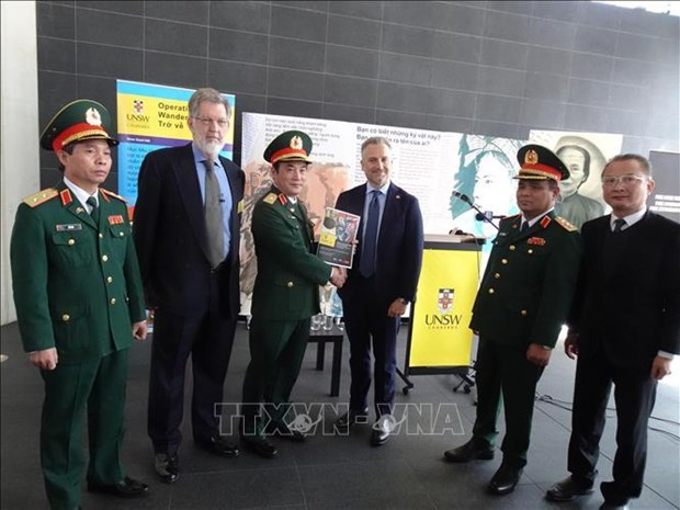 Australian university helps Vietnam digitise information on fallen soldiers hinh anh 1