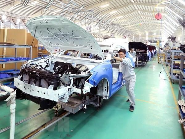 Automobile sales decrease in August hinh anh 1