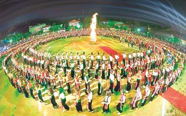 5,000 people to perform 'xoe' dance hinh anh 1
