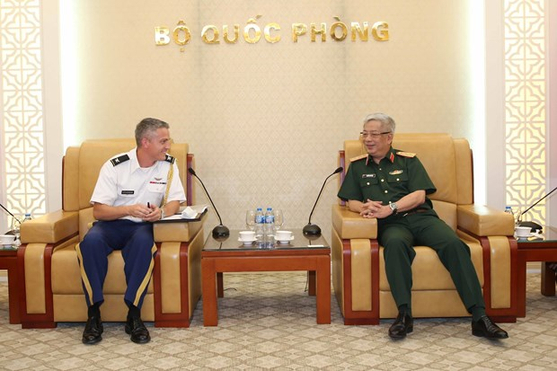 Deputy defence minister welcomes new US defence attache hinh anh 1