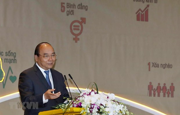 PM: people – centre of sustainable development hinh anh 1