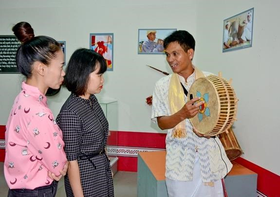 Cham culture in Ninh Thuan featured in Dak Lak exhibition hinh anh 1