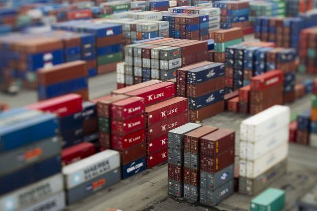 Philippines benefits from global trade tensions hinh anh 1