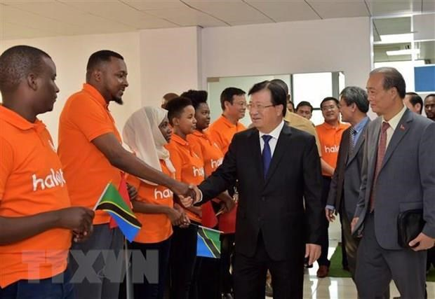 Vietnam-Tanzania relations further consolidated: diplomat hinh anh 1