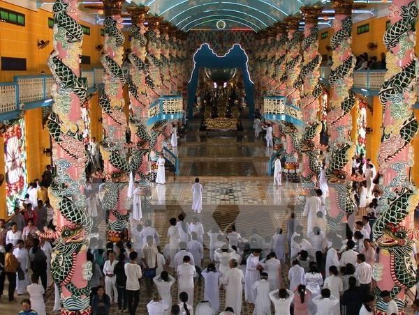 Cao Dai followers celebrate festival in Tay Ninh province hinh anh 1