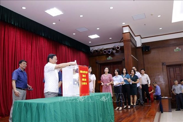 Vietnamese embassy raises funds for flood-hit people in Laos hinh anh 1
