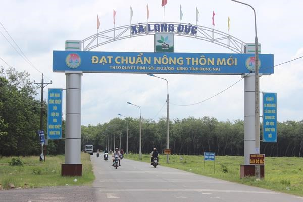 Southern provinces raise over 932 trillion VND for new rural area building hinh anh 1
