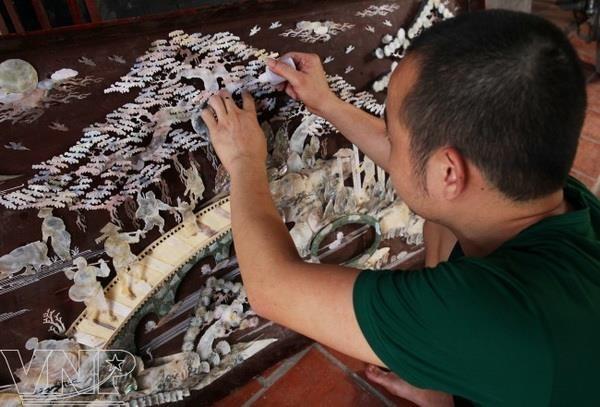 Hanoi develops craft village tourism hinh anh 1
