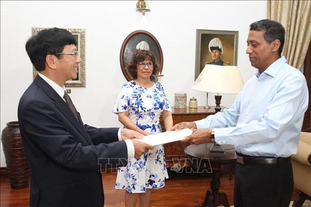 Seychelles treasures ties with Vietnam: President Faure hinh anh 1