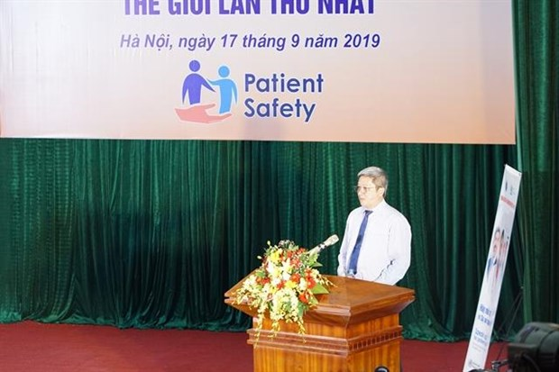 Patient safety comes under spotlight in Hanoi meeting hinh anh 1