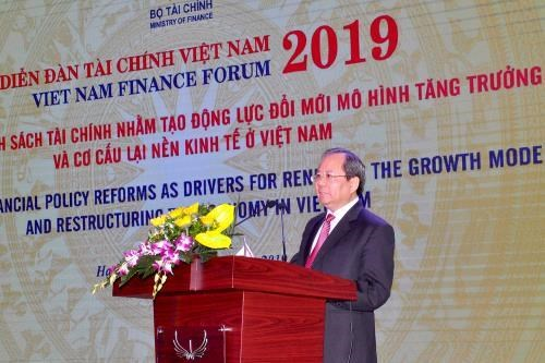 Vietnam Finance Forum 2019 takes place in Quang Ninh hinh anh 1