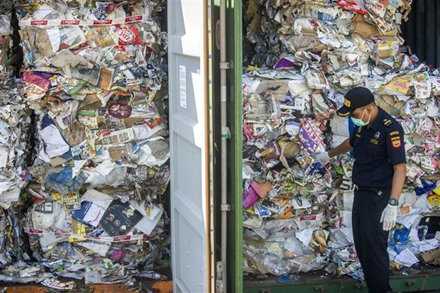 Indonesia continues sending back plastic waste to Australia hinh anh 1