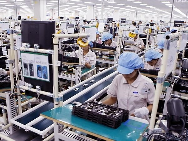 Phones, components top export items to Rok in eight months hinh anh 1