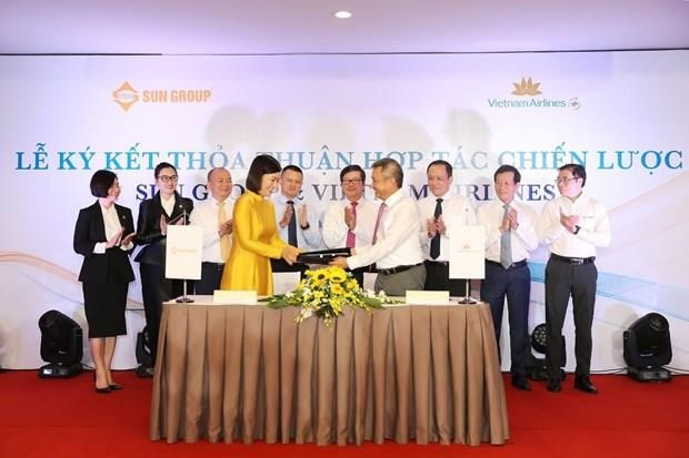 Vietnam Airlines, Sun Group partner to offer package holidays hinh anh 1
