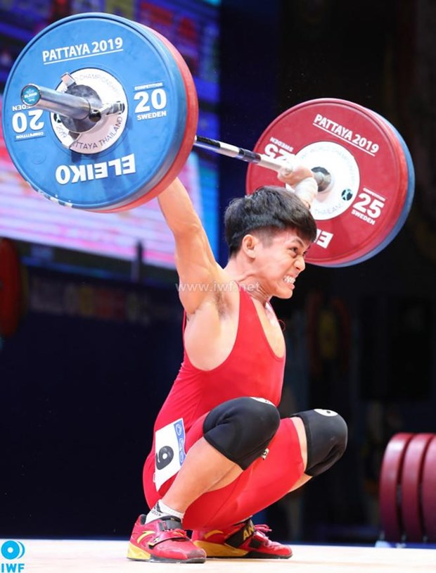Vietnamese weightlifter wins silver medal at World Championships hinh anh 1