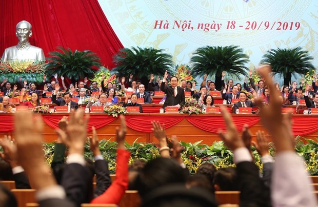 Ninth VFF National Congress adopts new charter hinh anh 1