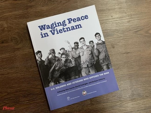 Book on movement against war in Vietnam debuted hinh anh 1