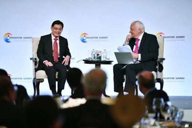 Singapore Summit discusses Asia's economic growth hinh anh 1