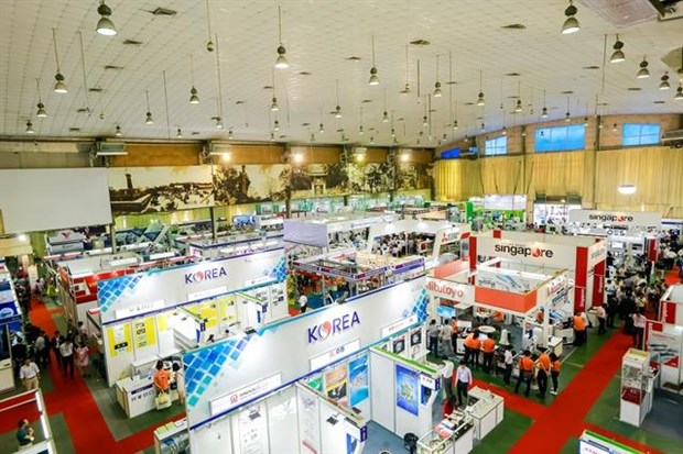 Expo promotes mechanical engineering industry in the north hinh anh 1