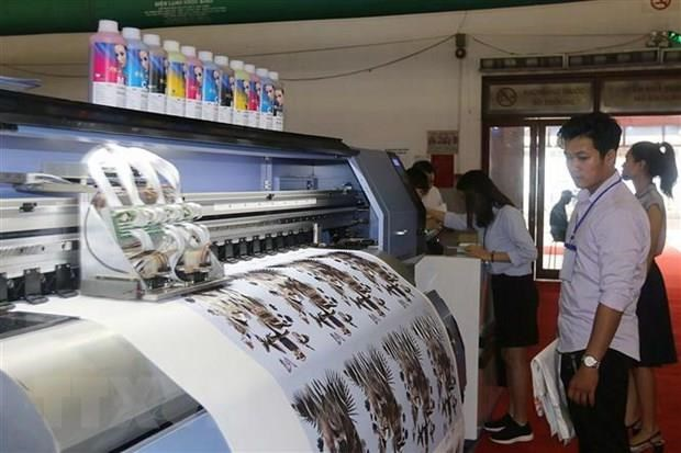 Printing industry urged to switch to environmentally friendly equipment hinh anh 1