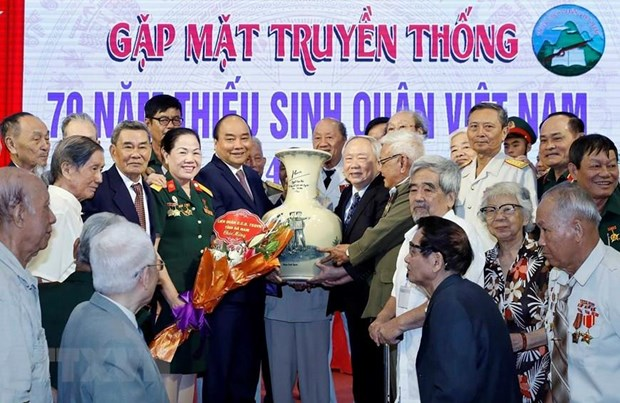 PM attends gathering on 70th anniversary of military school hinh anh 1