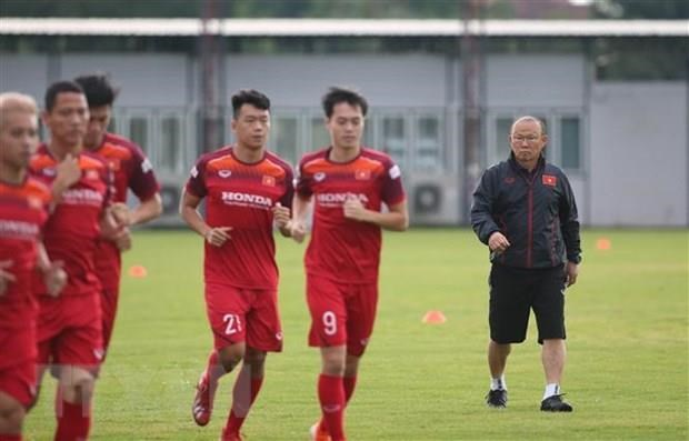 Vietnam drop two places in FIFA rankings hinh anh 1
