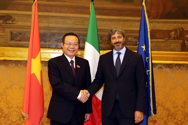 NA Vice Chairman meets with leaders of Italy's lower house hinh anh 1