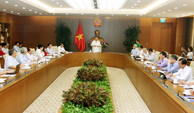 Advisory council recommends Gov't to remove growth bottlenecks hinh anh 1