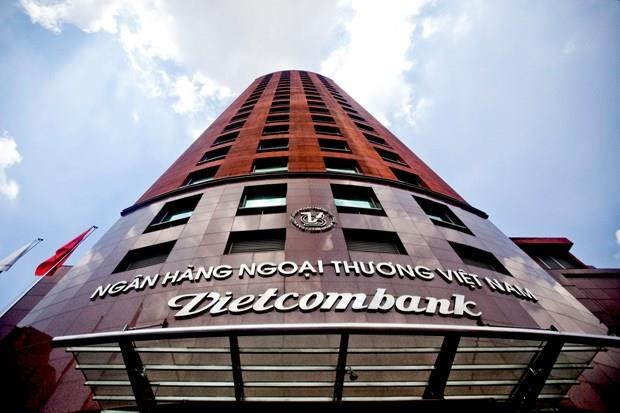 Hong Kong-based insurer likely to reach deal with Vietcombank hinh anh 1