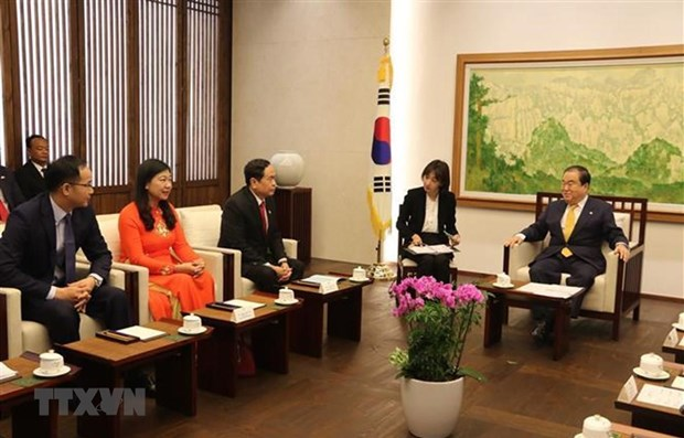 Front leader: Vietnam takes RoK as an important partner hinh anh 1