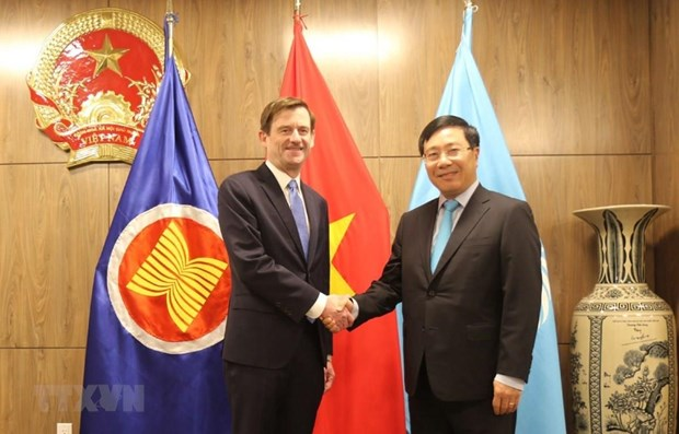 Deputy PM active on sidelines of UN General Assembly's 74th session hinh anh 1