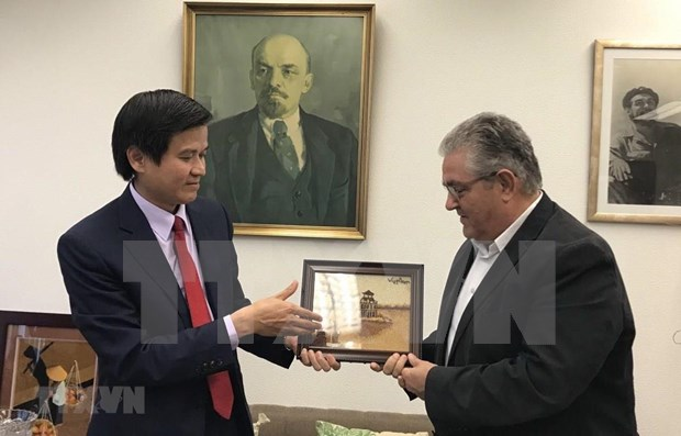Communist Parties of Vietnam, Greece seek stronger ties hinh anh 1