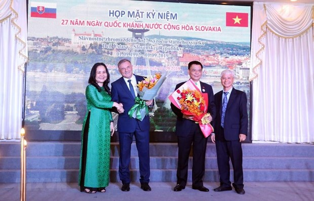Friendship union works to strengthen HCM City's ties with Slovakia hinh anh 1