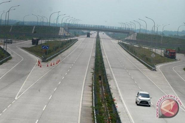 Highways hasten urbanisation speed on Indonesia's Java island hinh anh 1