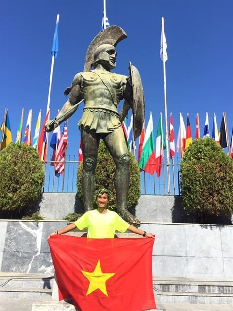 First Vietnamese runner completes Spartathlon in Athens hinh anh 1