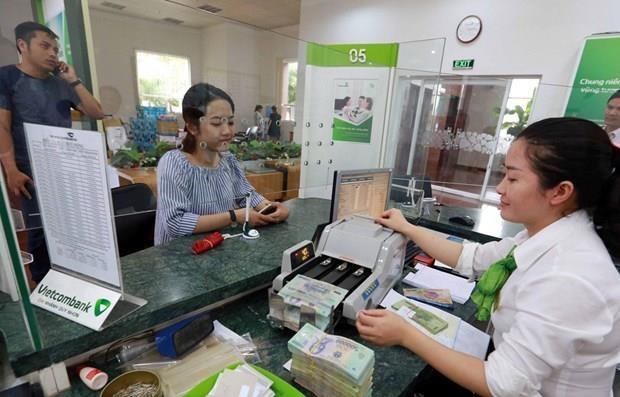 Vietcombank receives three awards by Asiamoney hinh anh 1