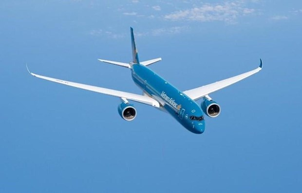 Vietnam Airlines adjusts flight schedules due to storm Mitag hinh anh 1