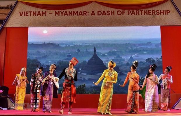 Vietnam Culture Week held in Myanmar hinh anh 1