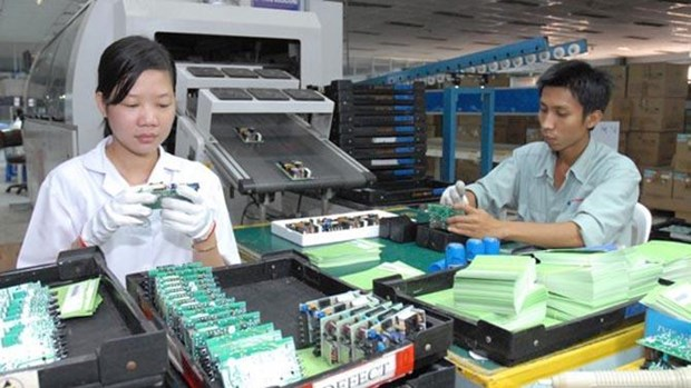 Vinh Phuc: revenue from electricity, electronics support firms increases 8% hinh anh 1