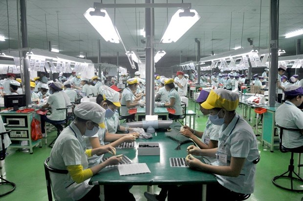 Nine-month export revenue picks up 8.2 percent hinh anh 1