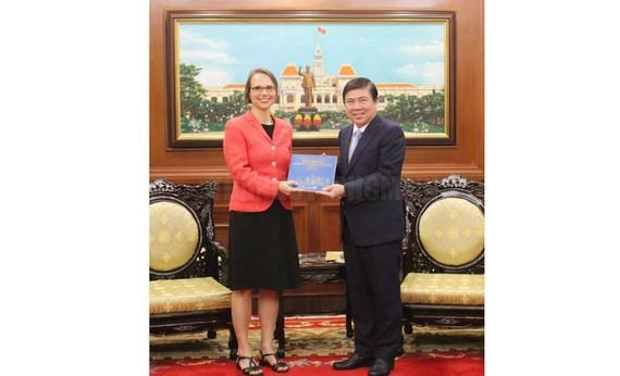 HCM City, Germany look to boost multifaceted cooperation hinh anh 1