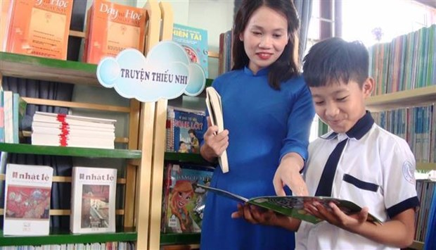 New school library inaugurated in Quang Binh hinh anh 1
