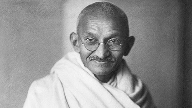 Hanoi ceremony marks 150th birthday of Mahatma Gandhi hinh anh 1