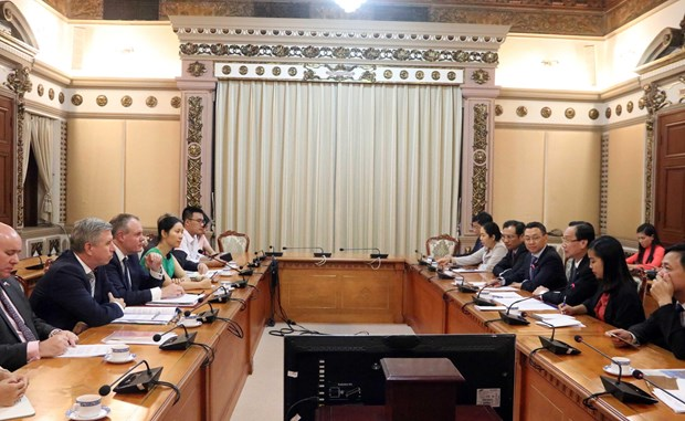 HCM City pledges favourable conditions for British investors hinh anh 1