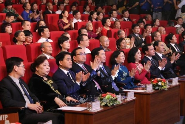 Hanoi honours 10 outstanding citizens of 2019 hinh anh 1